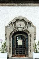 Türen in der Jugendstilanlage Sprudelhof in Bad Nauheim