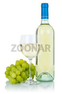 Wein Weinflasche Weinglas Flasche Glas Weißwein Weisswein Weintrauben Alkohol Getränk freigestellt Freisteller