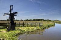 Small windmill Grootschermer