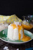 Exotischer Milchreis mit Kokosnuss