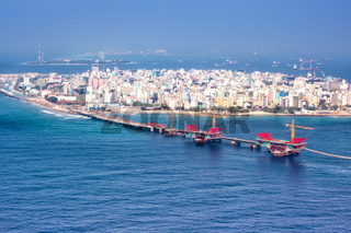 Male Malediven Insel Hauptstadt Meer Brücke Luftbild