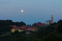 Mondaufgang über Voze - Ligurien