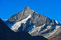 Weisshorn, die zerklüftete und symmetrische Südwand, Zermatt, Wallis, Schweiz