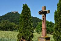 Kruzifix am Fuße der Burg Hohenzollern