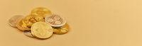 Panorama Header mit Bitcoin Geld Münzen
