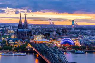 Night citycape of Cologne