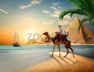 Sea and Pyramids