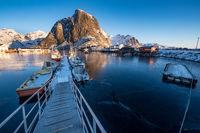 Lofoten Hamnoy Hafen im Winter