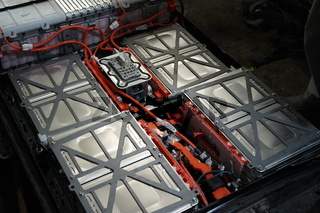 Nissan Leaf Battery Box Opened with battery cells