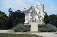 Der Durchbruch - Statue der Europäischen Freiheit von Miklos Melocco in Erinnerung an das Paneuropäische Picknick am 19. August 1989 am einstigen Eisernen Vorhang an der Grenze zwischen Ungarn und Österreich