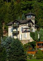 schoene Villa