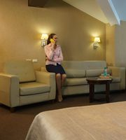 Business people wait for conference in hotel room