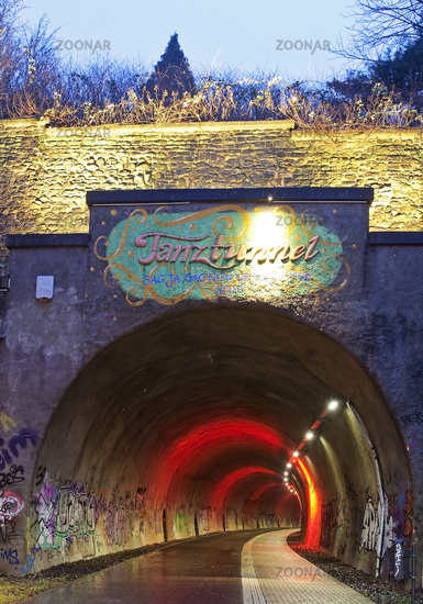 W_Tanztunnel_03.tif