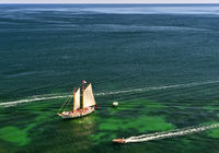 Segelboot Bom Dia in der Bucht von Lagos, Lagos, Algarve, Portugal