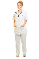Lächelnde Frau als Doktor Ärztin oder Krankenschwester