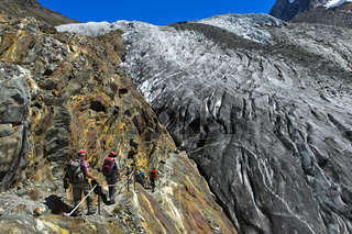 Alpiner Weg zur Monte Rosa-Hütte, Abstieg zum Gornergletscher, Zermatt, Wallis, Schweiz
