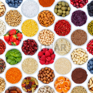 Früchte Beeren Gemüse Sammlung Hintergrund Nüsse von oben Quadrat isoliert freigestellt Freisteller