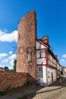 Halbturm der alten Stadtmauer, Lübeck, Deutschland