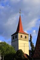 aufnahme des historischen kirchturm in der gemeinde weissach im heckengäu