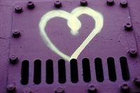 Herz auf Nietenstahl