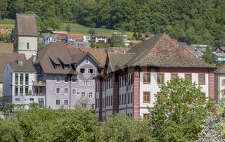 Propstei und Stadtkirche in Klingnau,  Kanton Aargau, Schweiz