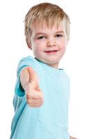 Kind kleiner Junge lachen glücklich Daumen hoch Erfolg Freisteller freigestellt isoliert