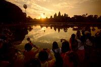 CAMBODIA SIEM REAP ANGKOR WAT TEMPLE SUNRISE