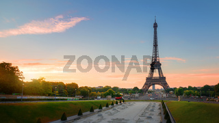 Eiffel Tower and fountains