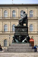 Bronzestatue König Max I. Joseph München