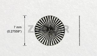 Sieben Millimeter großer Siemensstern (Testmuster) eines Tintenstrahldruckers auf Normalpapier