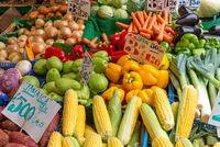 Maiskolben, Paprika und anderes Gemüse