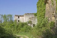 Verlassenes Dorf in Istrien