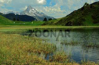 Kalbelesee mit Biberkopf am Hochtannbergpass, Vorarlberg, Österreich