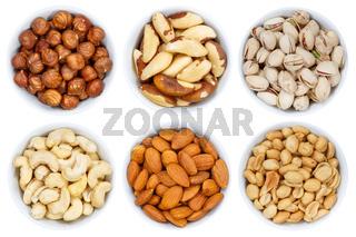 Nüsse Nuss Sammlung von oben Haselnüsse Erdnüsse isoliert freigestellt Freisteller