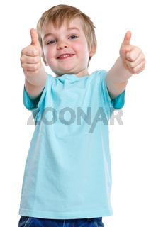 Kind kleiner Junge lachen glücklich Daumen hoch Erfolg erfolgreich Gewinner gewinnen Freisteller