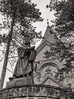 Görlitz, Lutherkirche und Lutherdenkmal in schwarzweiß