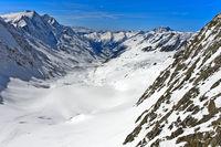 Blick von der Hollandiahütte talwärts über den Langgletscher,Lötschental, Wallis, Schweiz