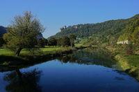 Naturpark Obere Donau bei Beruon-Hausen, Blick zu Schloss Werenwag