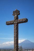 Kreuz und Popocatepetl
