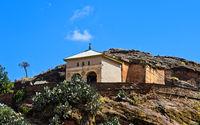 Halbmonolithischen Felsenkirche Abreha wa Atsbeha auf einem Felshügel bei Wukro, Äthiopien