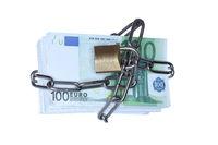 mit Kette gesicherte Geldscheine