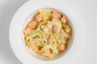 Fettuccine with salmon