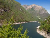 Lago di Vogorno im Valle Verzasca,Kanton Tessin,Schweiz