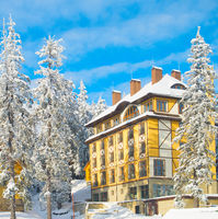 Mountains ski resort hotels