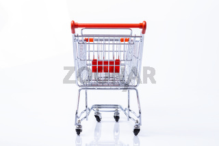 Hinteransicht Einkaufswagen