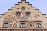 Giebel mit Fassadenmalerei, Altes Rathaus  der Stadt Lindau, Lindau Insel