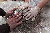 Betongießen vorbereiten - Betonschale für Dekorationen selber machen