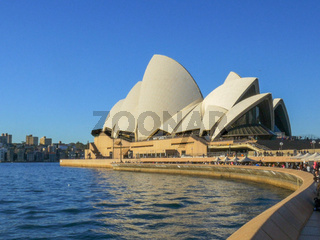 SYDNEY, AUSTRALIA - JULY 1 2014: crowds of tourists visit the sydney opera house