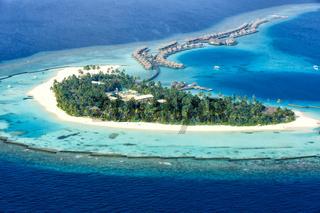 Malediven Insel Urlaub Paradies Meer Halaveli Resort Ari Atoll Luftbild
