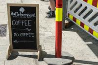 Werbeschild eines Cafes in Oslo